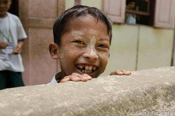 Burmeese schooljongen